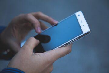 mobiltelefonok hangrögzítése